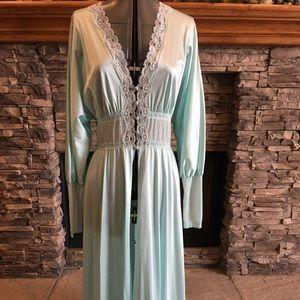 Vintage Vanity Fair Robe Aqua Size M